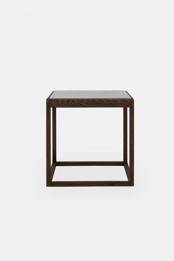 Cube table, light grey marble plate and oak legs
